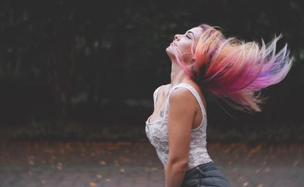 Milyen hajhoz milyen szín áll jól?